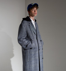 [18FW][역시즌70% SALE] Detachable Hood Check Coat (BL)